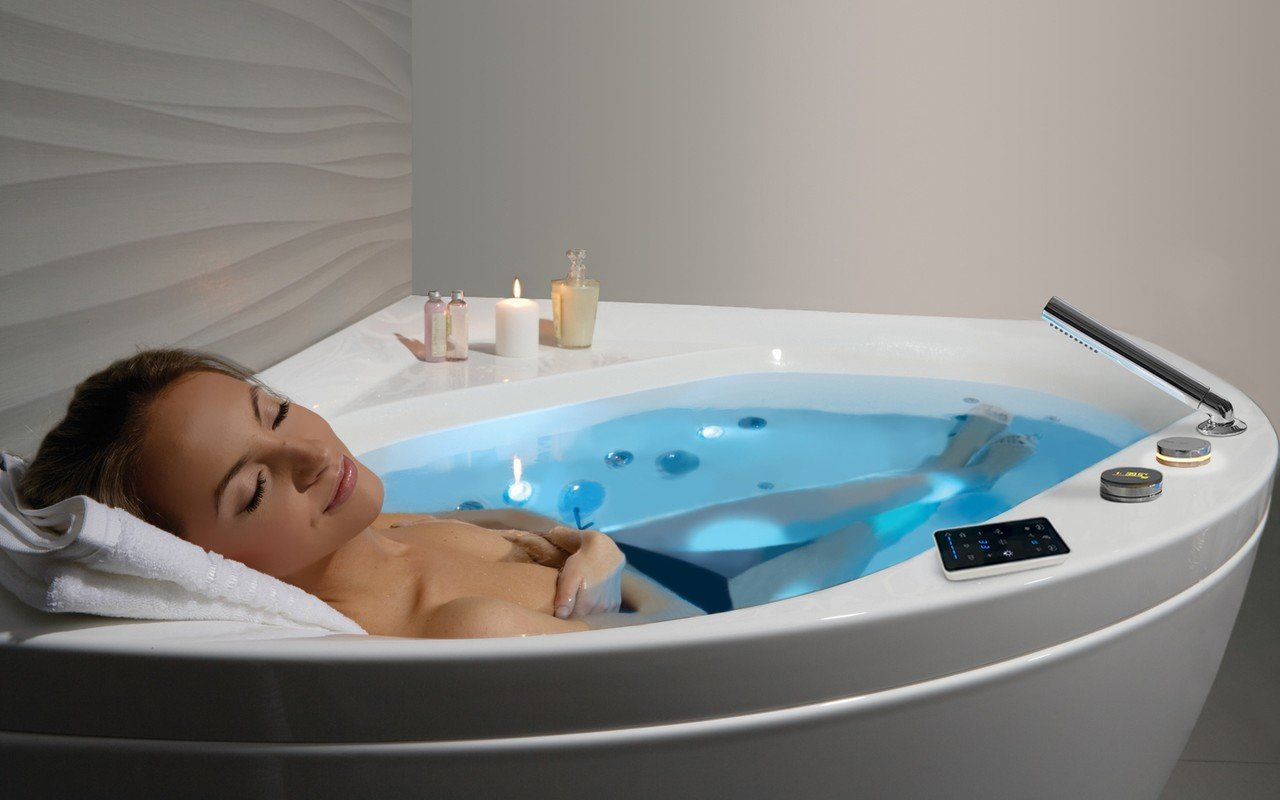 ᐈLuxury 【Aquatica Olivia-Wht HydroRelax Jetted Bathtub (220/240V ...