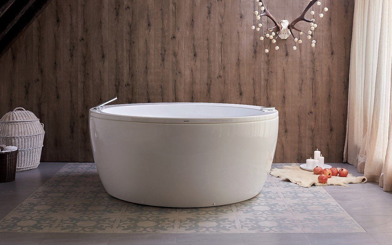 Aquatica pamela wht spa jetted bathtub web 03