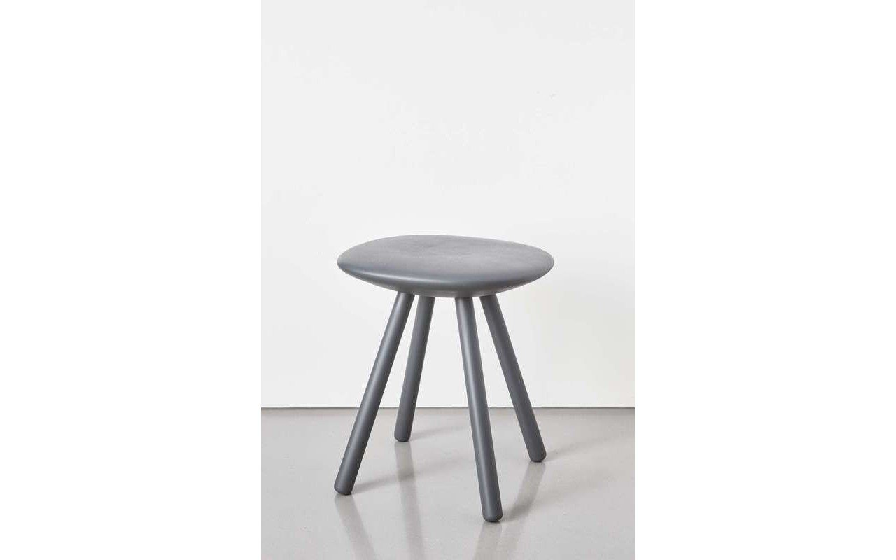 Beatrice Shower Cabin Stool 02 (web)