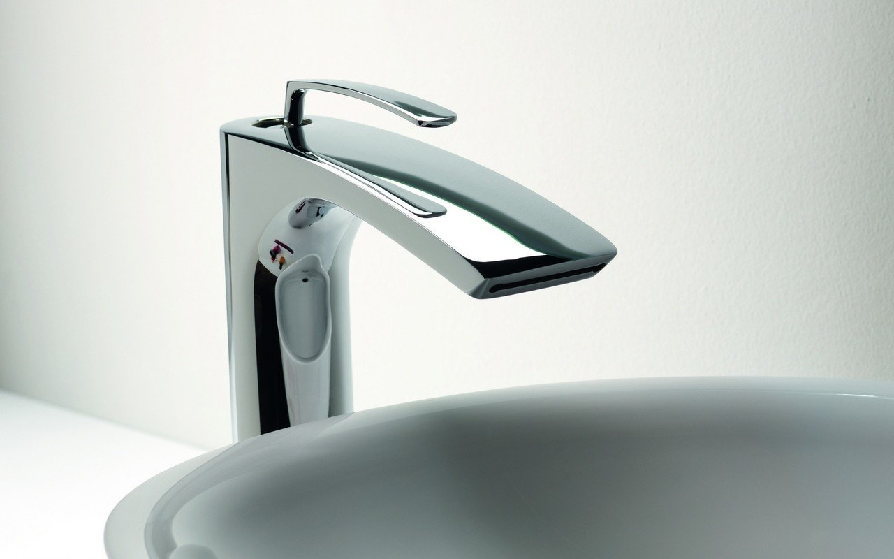 Bollicine 228 Sink Faucet Chrome by Aquatica (web) 02