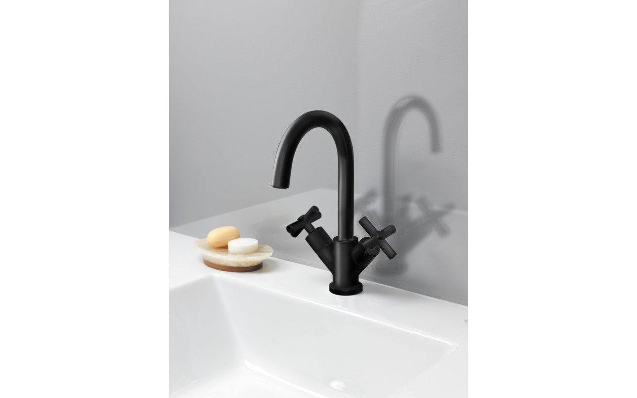 Celine 7 Sink Faucet (SKU 226) Black Matte 01 (web)