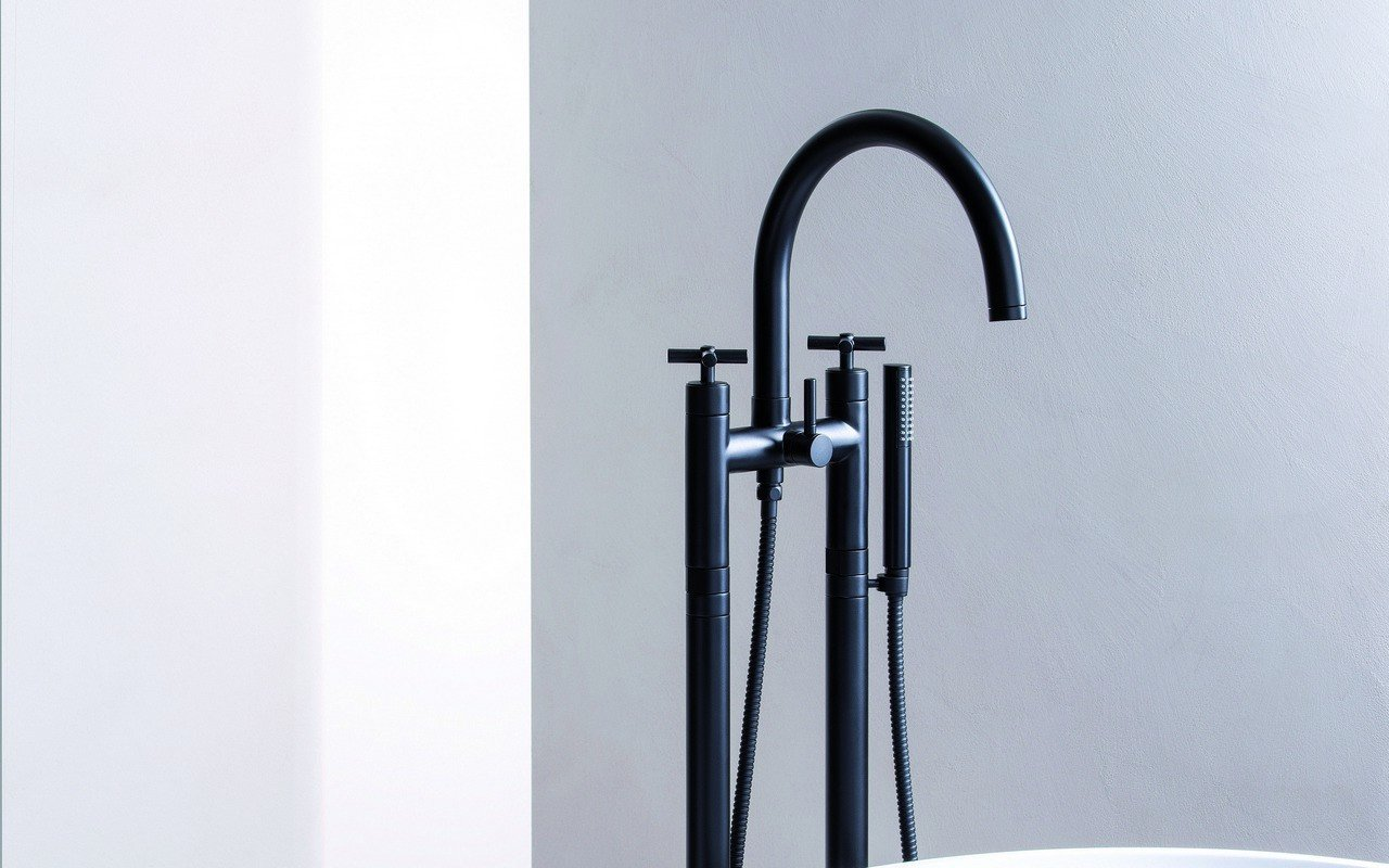 Aquatica Celine Floor Mounted Bath Filler (SKU-108) – Black Matte picture № 0