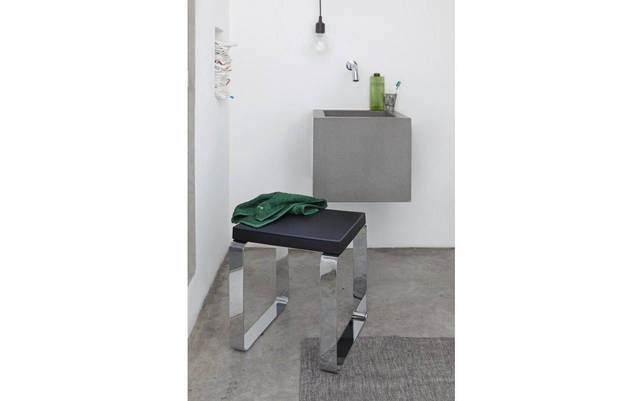 Comfort Shower Cabin Stool 02 (web)