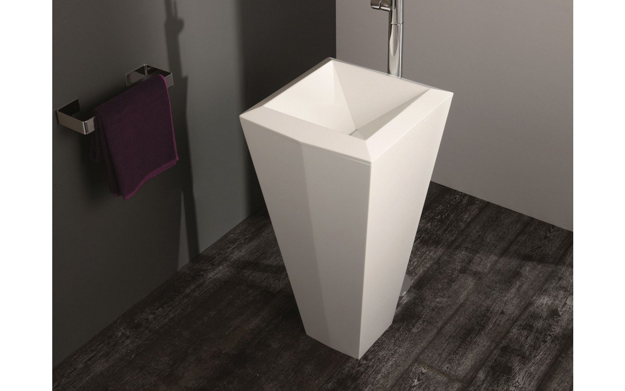 Crystal Freestanding Washbasin 08 web