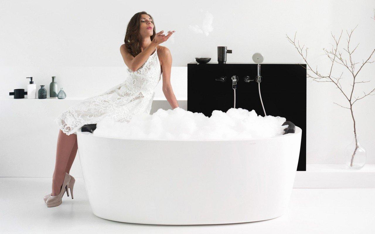 Aquatica Purescape™ 174A-Wht Freestanding Acrylic Bathtub picture № 0