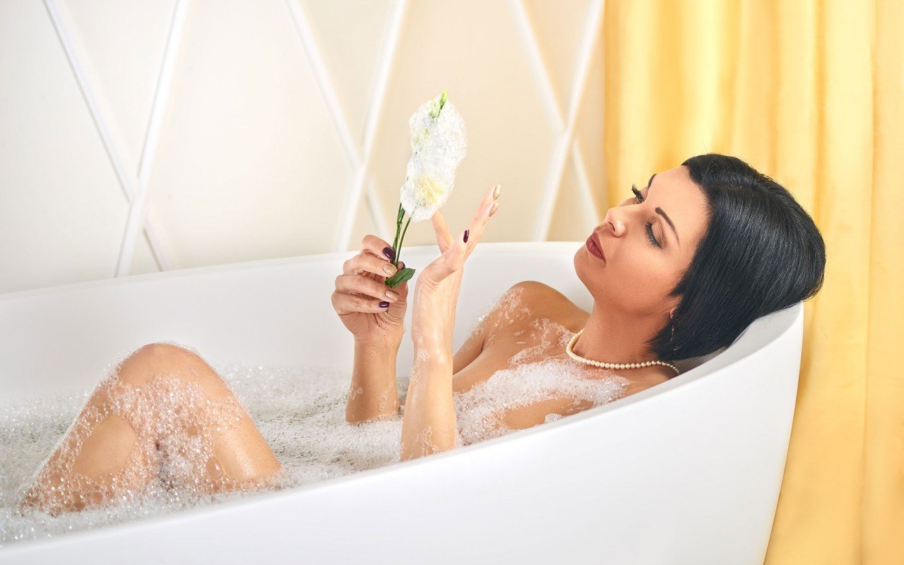 Aquatica Sensuality-Wht™ Freestanding Solid Surface Bathtub picture № 0