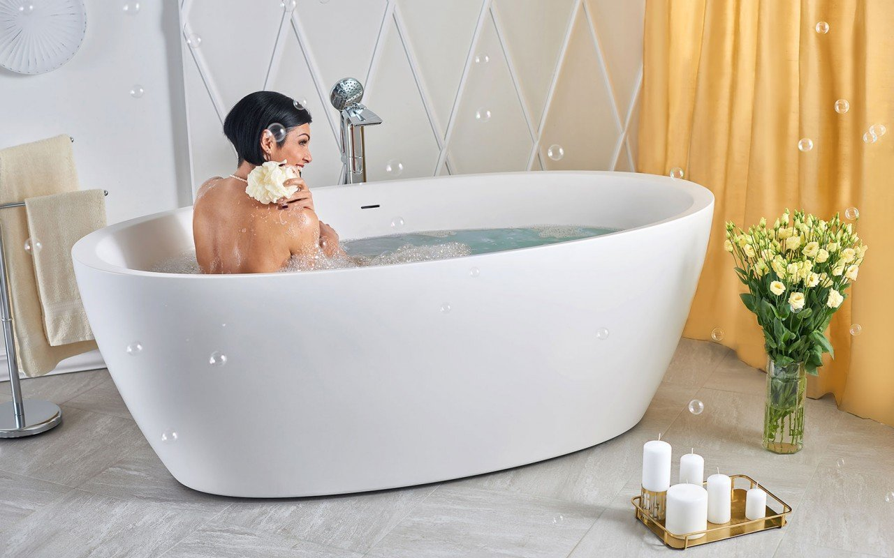 Sensuality wht freestanding oval solid surface bathtub by Aquatica 06 04 16%E2%80%93%E2%80%9316 17 39 1 WEB