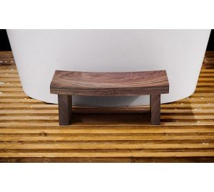 Aquatica True Ofuro Waterproof American Walnut Safety Step 01 (web)