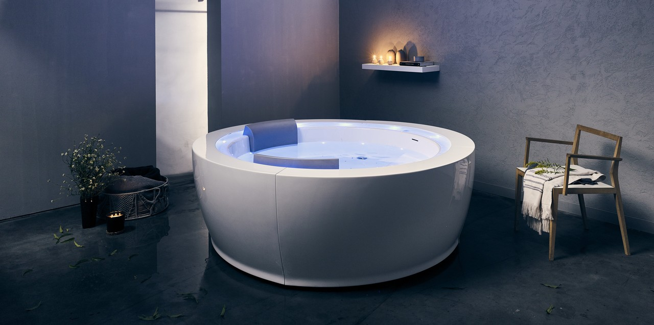 Contemporary Baths in Europe - Luxury Stand Alone Tubs with Modern ...